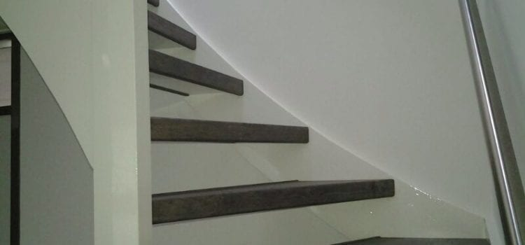 steile Treppe