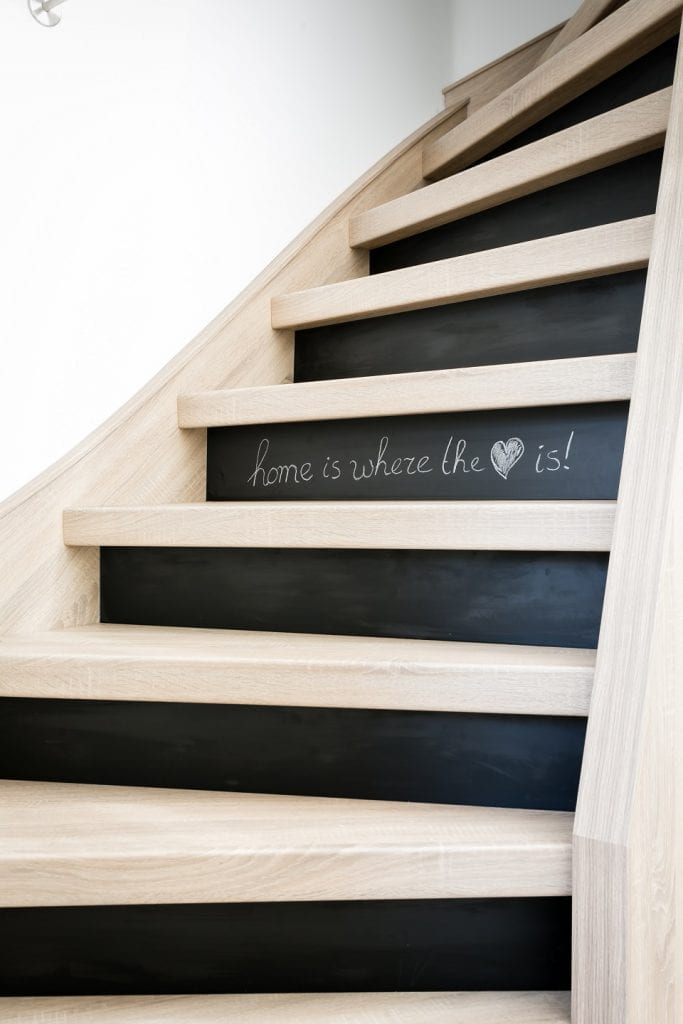 fotos treppe upstairs treppenrenovierung. Black Bedroom Furniture Sets. Home Design Ideas